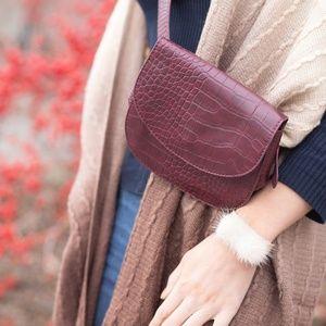 Handbags - Crocodile Crossbody Bag